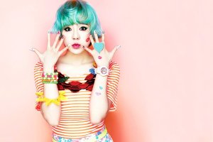 snsd_sunny_wallpaper_baby_g_kiss_me_1920x1280_by_e_by_sunny_diamonds-d5wybty