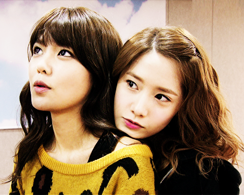 snsd-girls-generation-sooyoung-yoona-Favim.com-719552